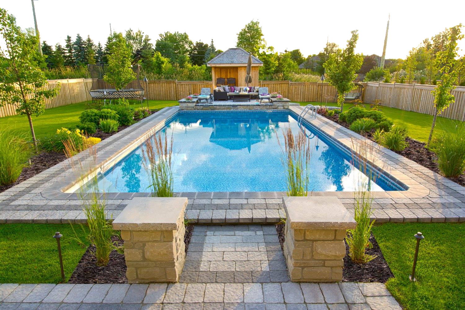 An insight into landscaping and swimming pool for your premises