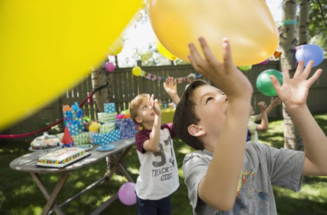 Tips to throw a good party for your kids